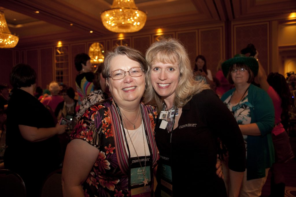 Carol Thompson and Amy Ulen at the 2012 CTMH Convention.